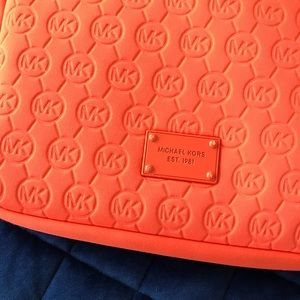 Michael Kors Bags - CUTE ORANGE MICHAEL KORS TABLET BAG/CROSS BODY